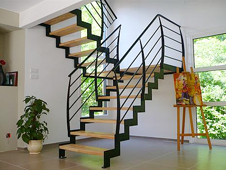 escalier mezzanine br stungsh he fenster k che. Black Bedroom Furniture Sets. Home Design Ideas